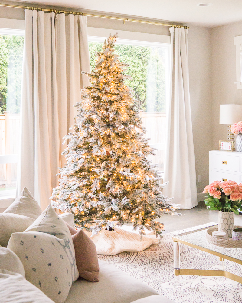 Justatinabit Pink Gold White Christmas Decorations 2019 Home Tour Flocked Christmas Tree Seattle Home Blogger 8 Just A Tina Bit